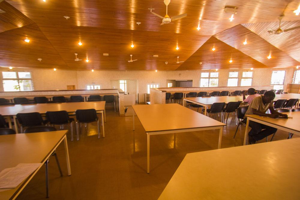 salle_lecture_ekounou