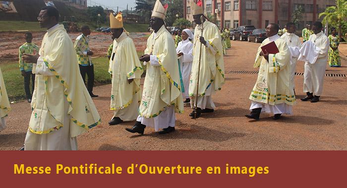 Messe pontificale d'ouverture