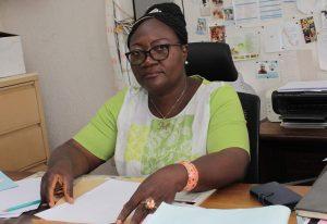 Mme Monique KAMMEGNE, Secrétaire de la Faculté de Philosophie