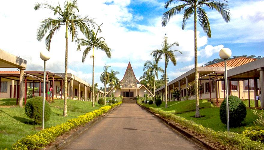 Chapelle de l'Université Catholique d'Afrique-Centrale Nkolbisson