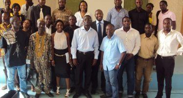 Nos diplômés après un forum sur les changements macro-économiques et leurs impacts sur l'employabilité