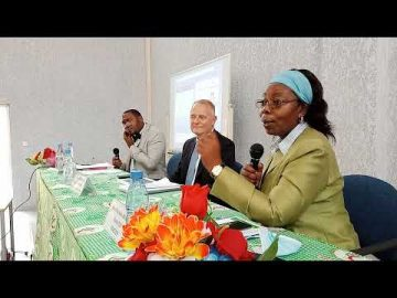 Conférence publique sur l'Union Européenne (UCAC)